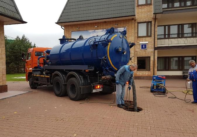 Как очистить канализационные трубы от строительного мусора