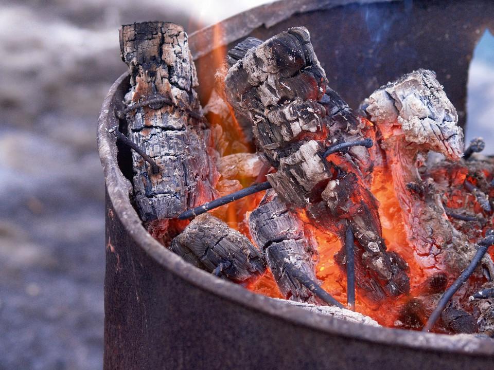 как сжигать садовый мусор