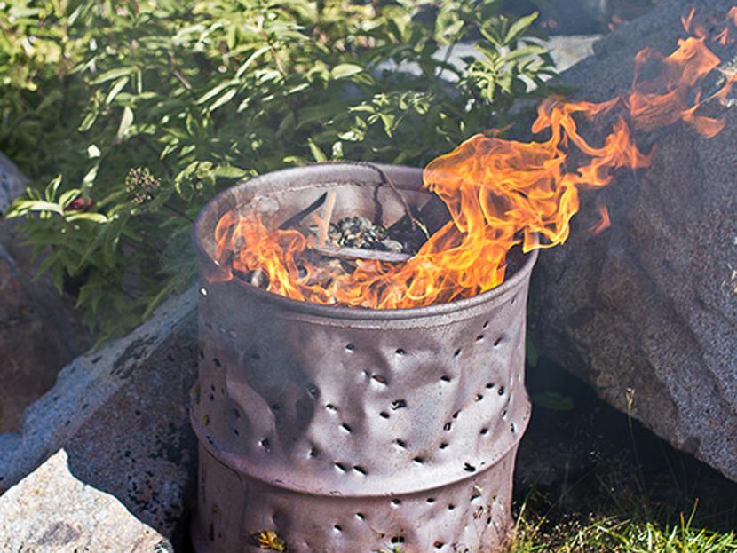 Как сжигать мусор на приусадебном участке
