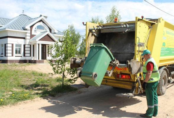 Как заключить договор на вывоз мусора жителям МКД и частных домов